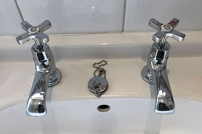basin bath taps installation bexley